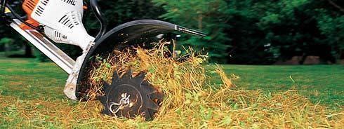 Уход за рулонным газоном круглый год